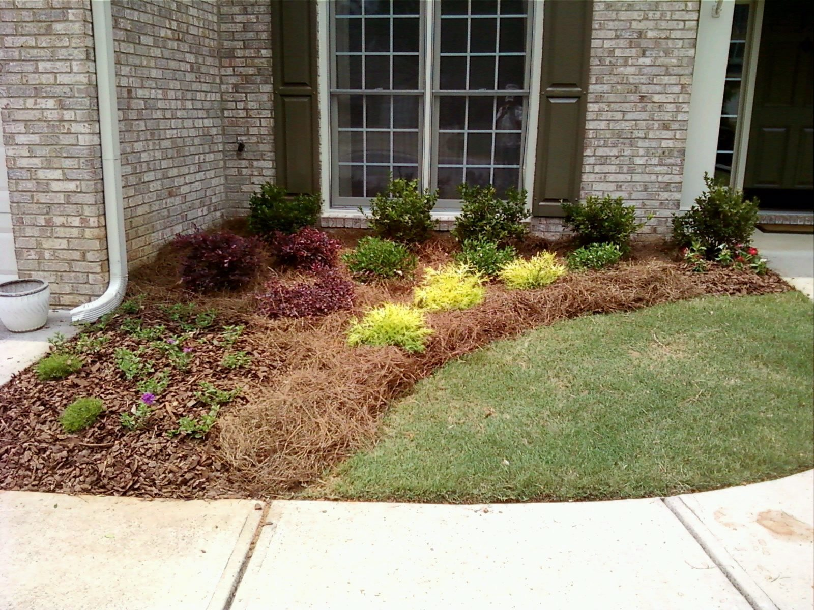 Landscaping Photo Gallery | Garden\'s Edge Landscaping