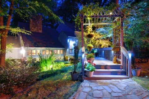 Landscape Lighting Increases Your Curb Appeal | Gardens Edge Landscaping